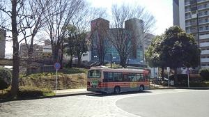 フレスコタウンちはら台 最寄りの鎌取駅前(奥にはイオンが)